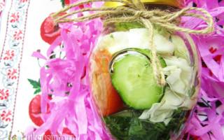 Ассорти из овощей с уксусом на зиму — пальчики оближешь!