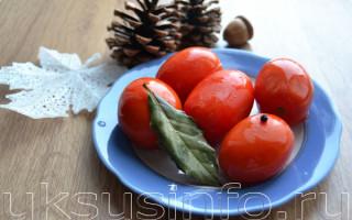 Малосольные помидоры с чесноком на праздничный стол: простой рецепт с пошаговым фото